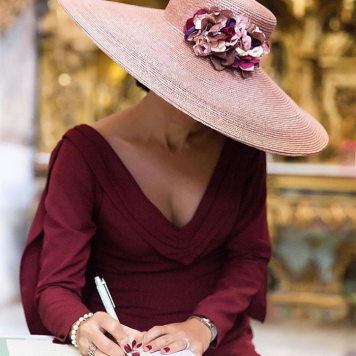 Vestidos Elegantes Cortos y Largos para Ceremonias Sombrero