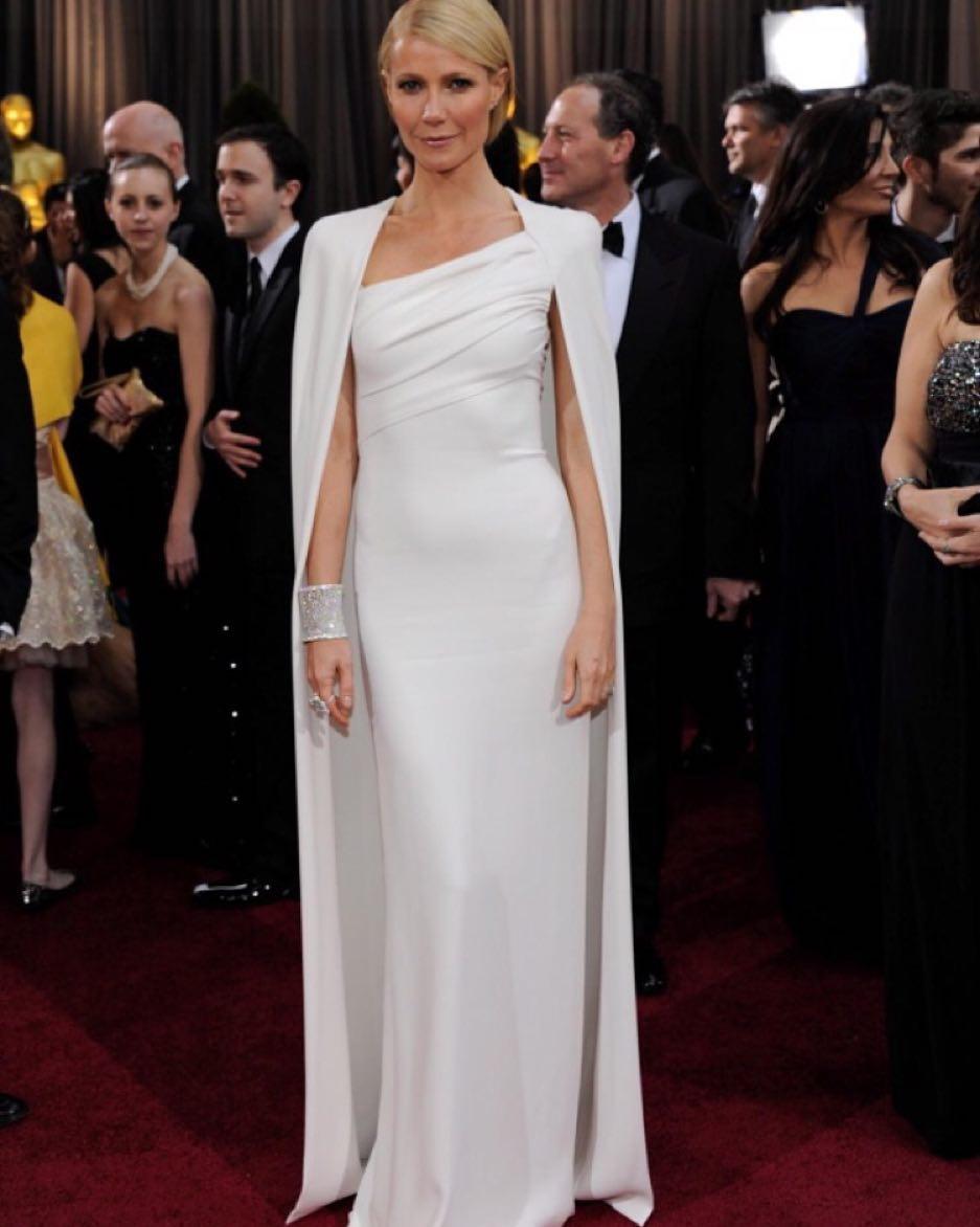 Vestidos y Peinados de Celebrities a la moda Torrecampo