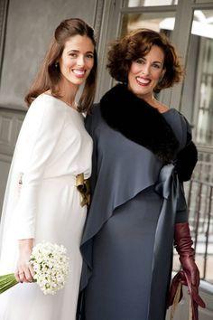 Vestidos y Peinados de Madrinas de Honor La Rambla