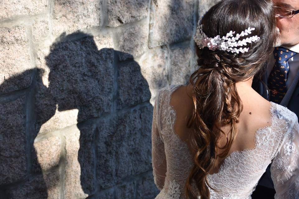 Fatima lindisima en su gran día con Romanticismo y Frescura