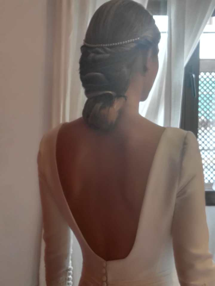 La Belleza Clasica de Bea en su Boda Recogido Clasico