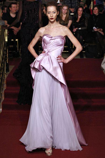 Vestidos de Gala que van bien para peinados clasicos Palabra de honor