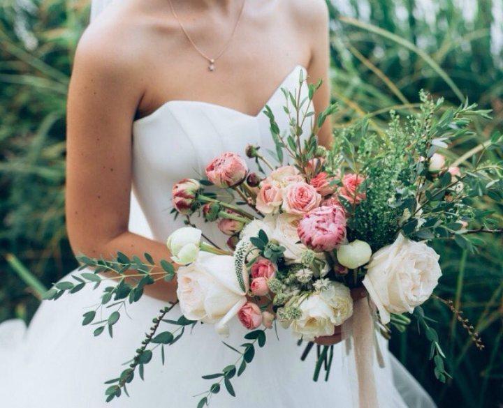 20 ideas de ramos novia y bouquets para tu boda romántica (10)