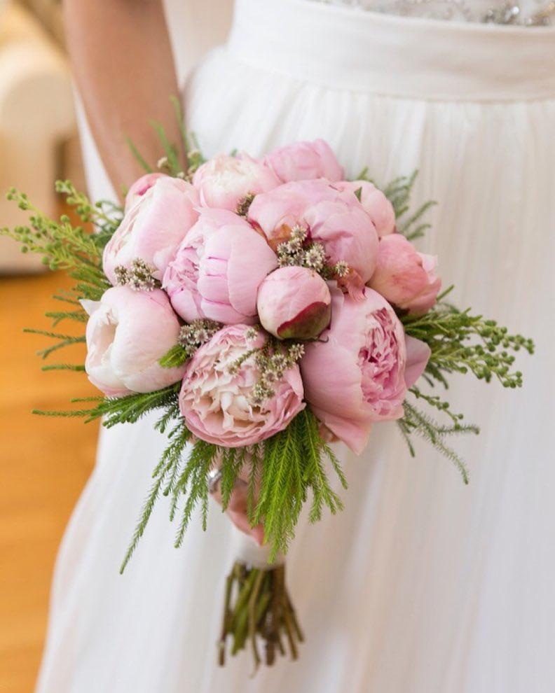 20 ideas de ramos novia y bouquets para tu boda romántica (18)