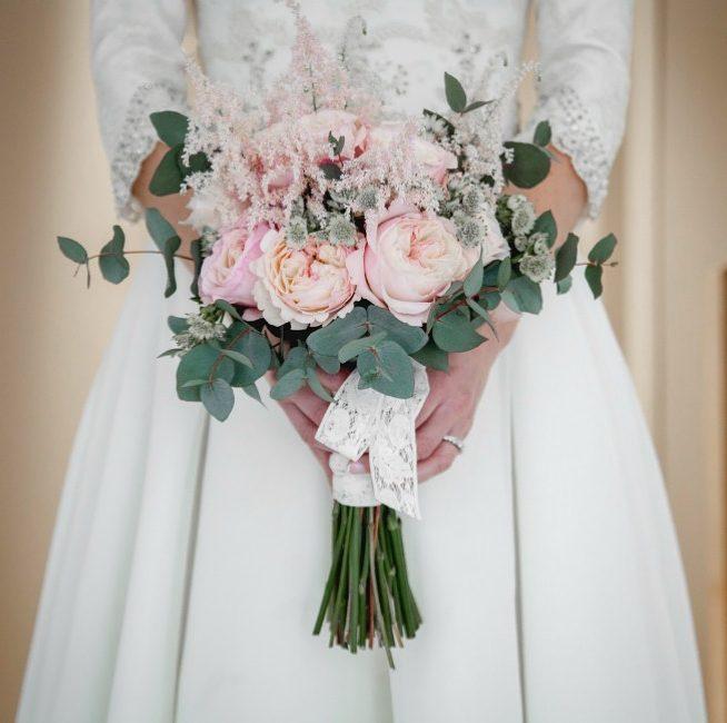 20 ideas de ramos novia y bouquets para tu boda romántica (9)