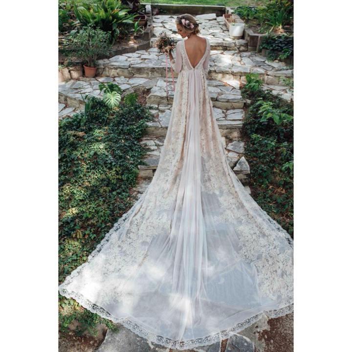 20 peinados y vestidos de novia que te dejaran con la boca abierta (1)
