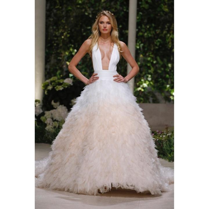 20 peinados y vestidos de novia que te dejaran con la boca abierta (13)