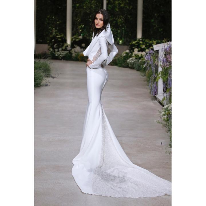 20 peinados y vestidos de novia que te dejaran con la boca abierta (14)