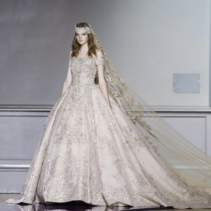 20 peinados y vestidos de novia que te dejaran con la boca abierta (19)