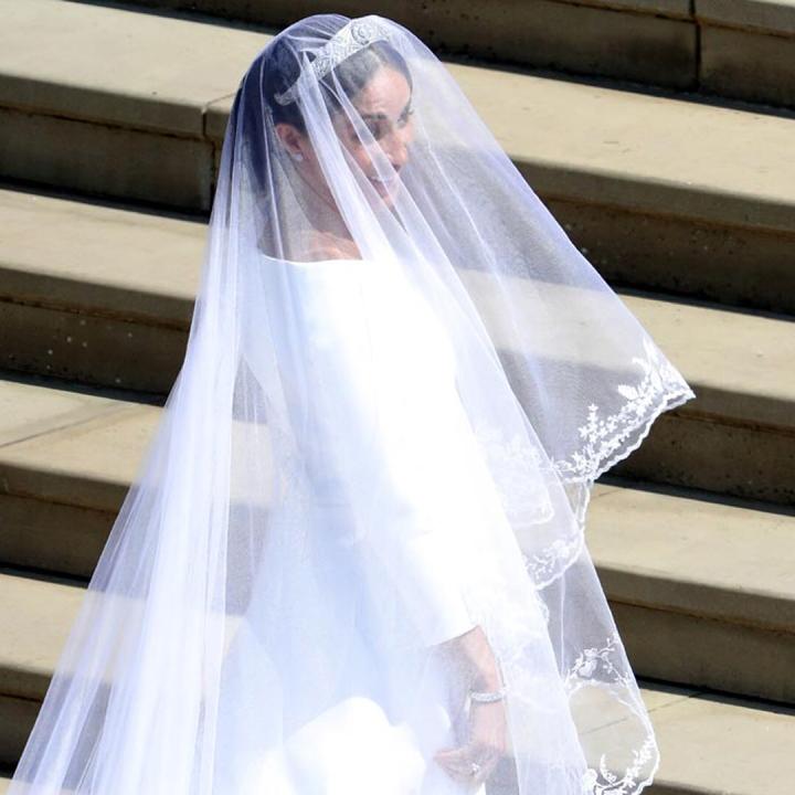 20 peinados y vestidos de novia que te dejaran con la boca abierta (20)