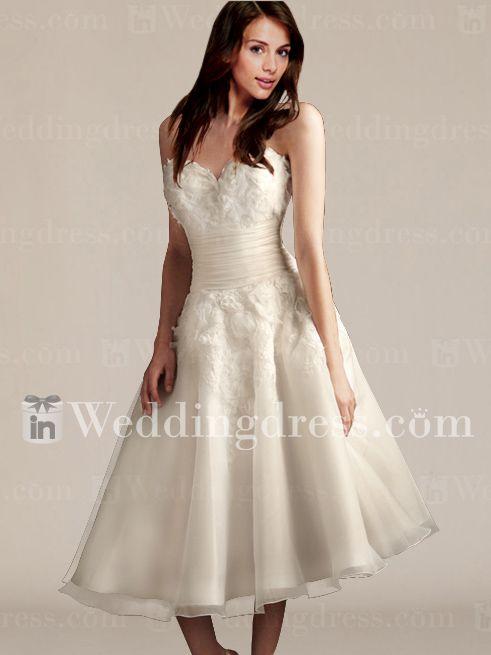 Estilo de pelo largo raya lateral para vestidos de novia cortos