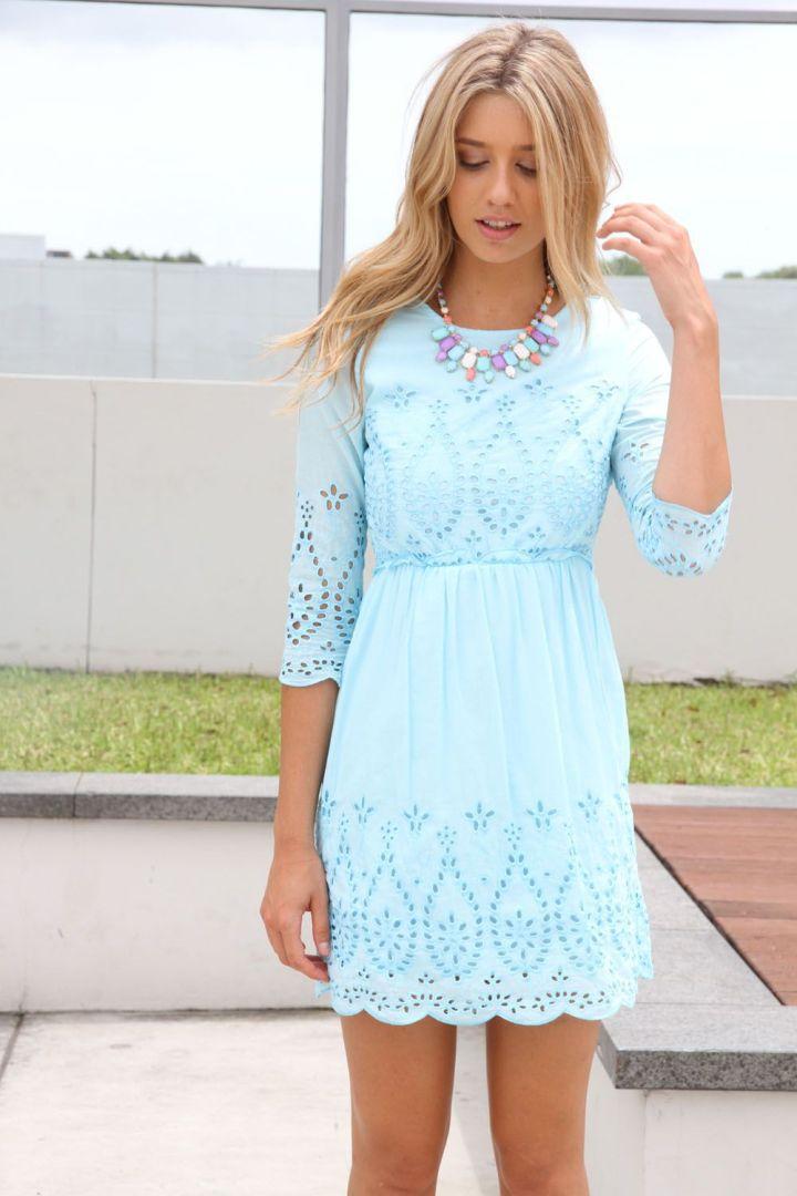 Peinados faciles de mujer para moda de primavera verano azul claro