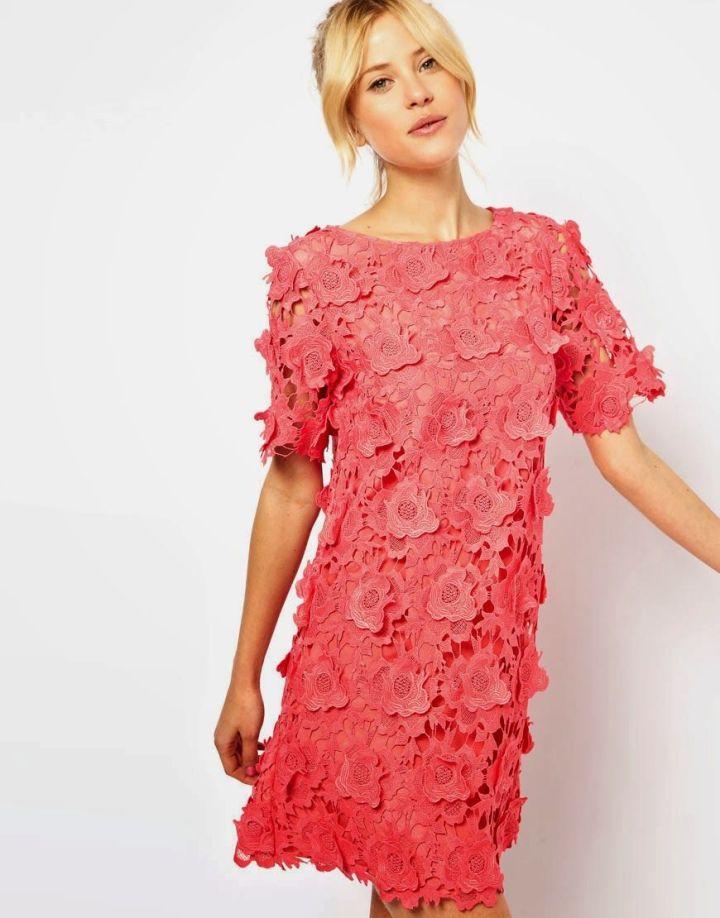 Peinados faciles de mujer recogido alto para moda de primavera verano