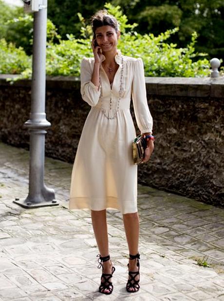 Peinados recogidos de mujer para moda de primavera verano
