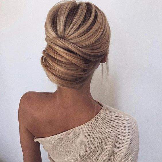 Peinados recogidos para momentos especiales (6)