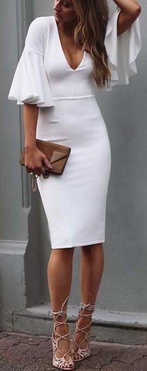 20 Looks Veraniegos con Vestidos blancos Ligeros (7)
